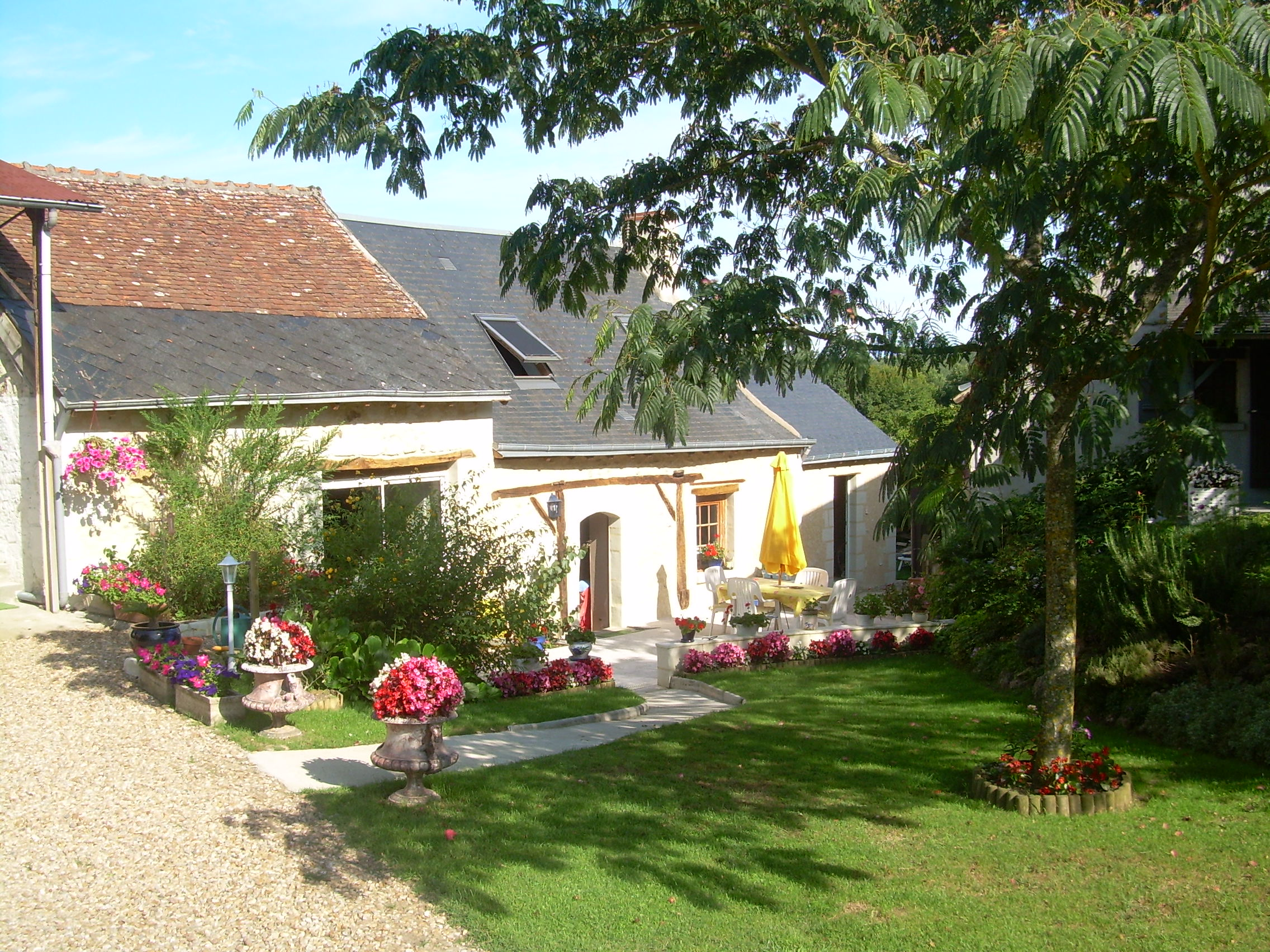Le logis des m sanges for Chambre d hote touraine